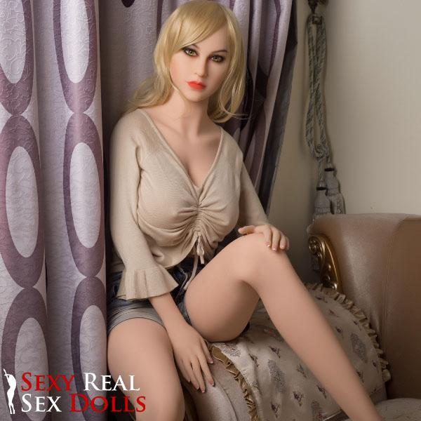 Beautiful Sexy Sex Doll Karly