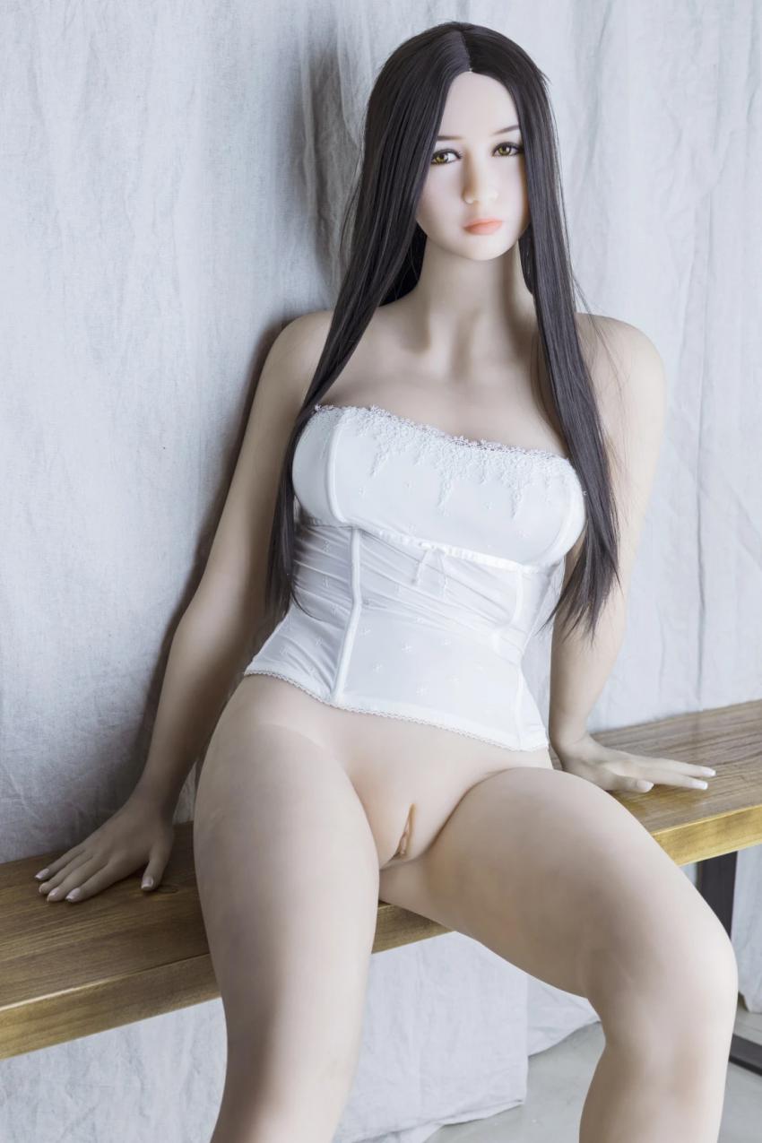 New Beautiful Japanese Sex Doll